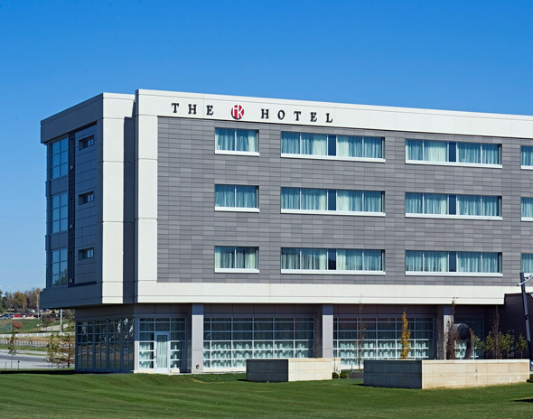 The Hotel At Kirkwood Center Cedar Rapids Ia