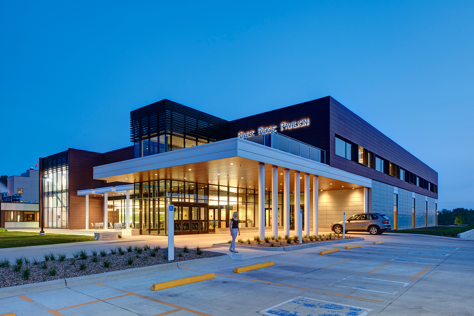 Cladding Corp - Regional Medical Center - Terra5