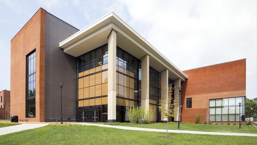 Cladding Corp - University of Kentucky Science - Swisspearl