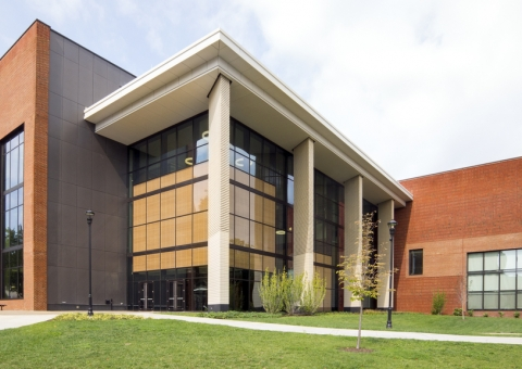 Cladding Corp - University of Kentucky Science - Swisspearl