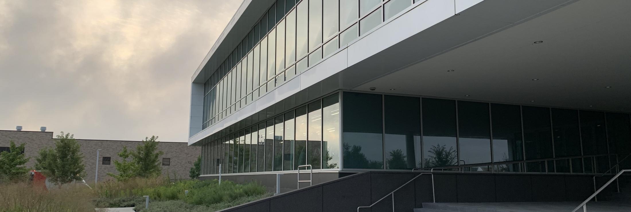 Cladding Corp - Roche Diagnostics - Swisspearl