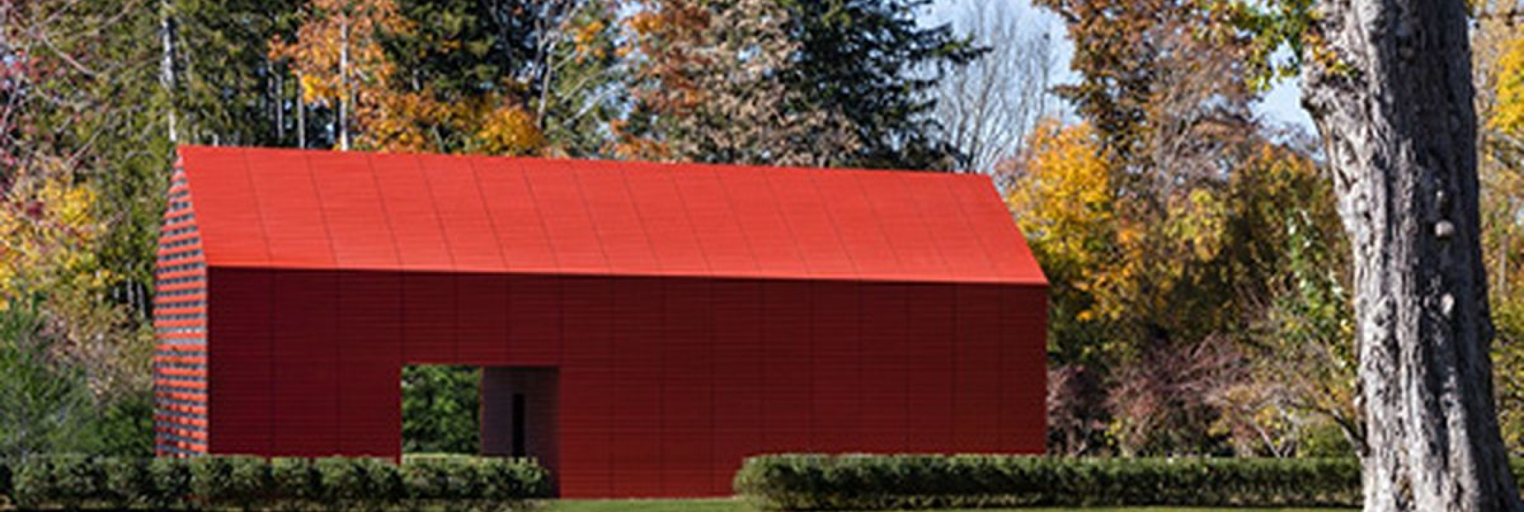 Cladding Corp -  The Red Barn - Swisspearl - Photo Credit: Roger Ferris + Partners